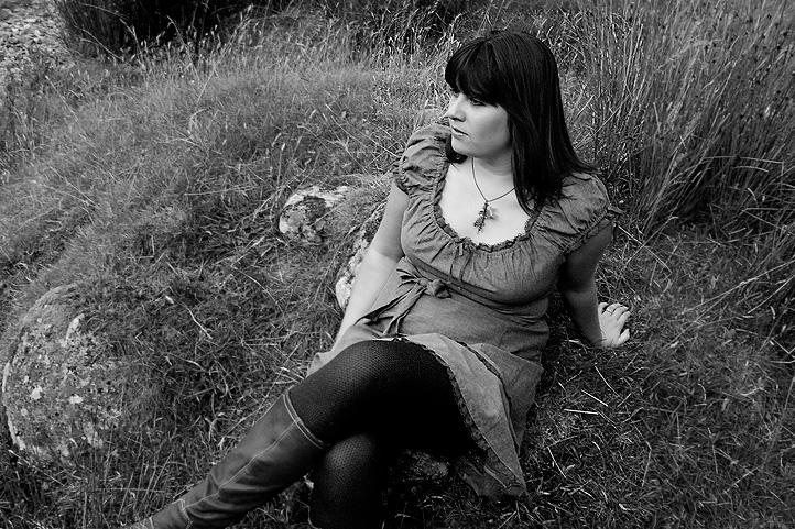 Iona Leigh