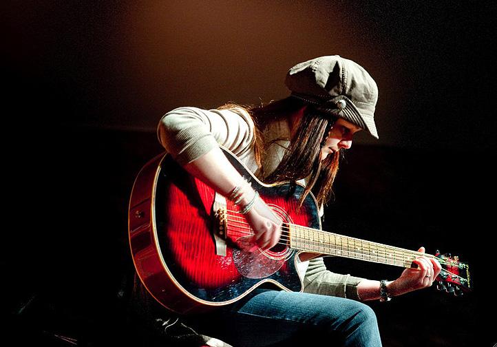 Jayne Lewis